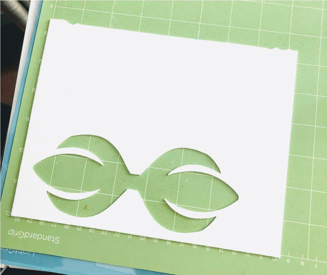 Free SVG and printable bow templates