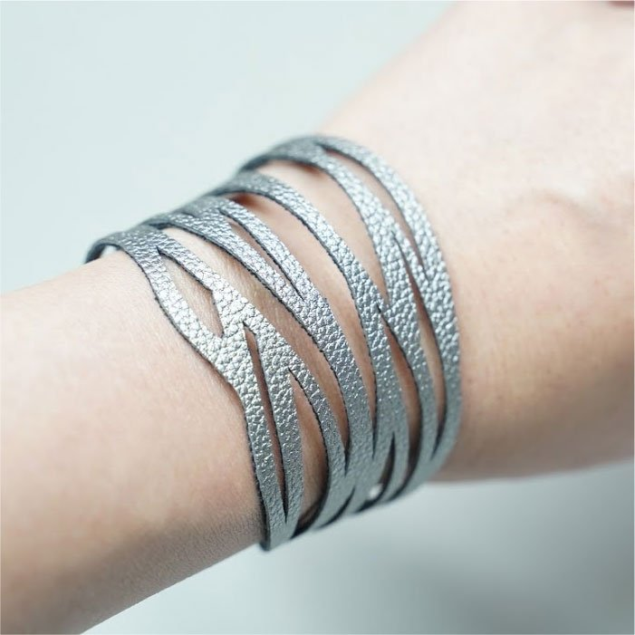 Abstract striped bracelet