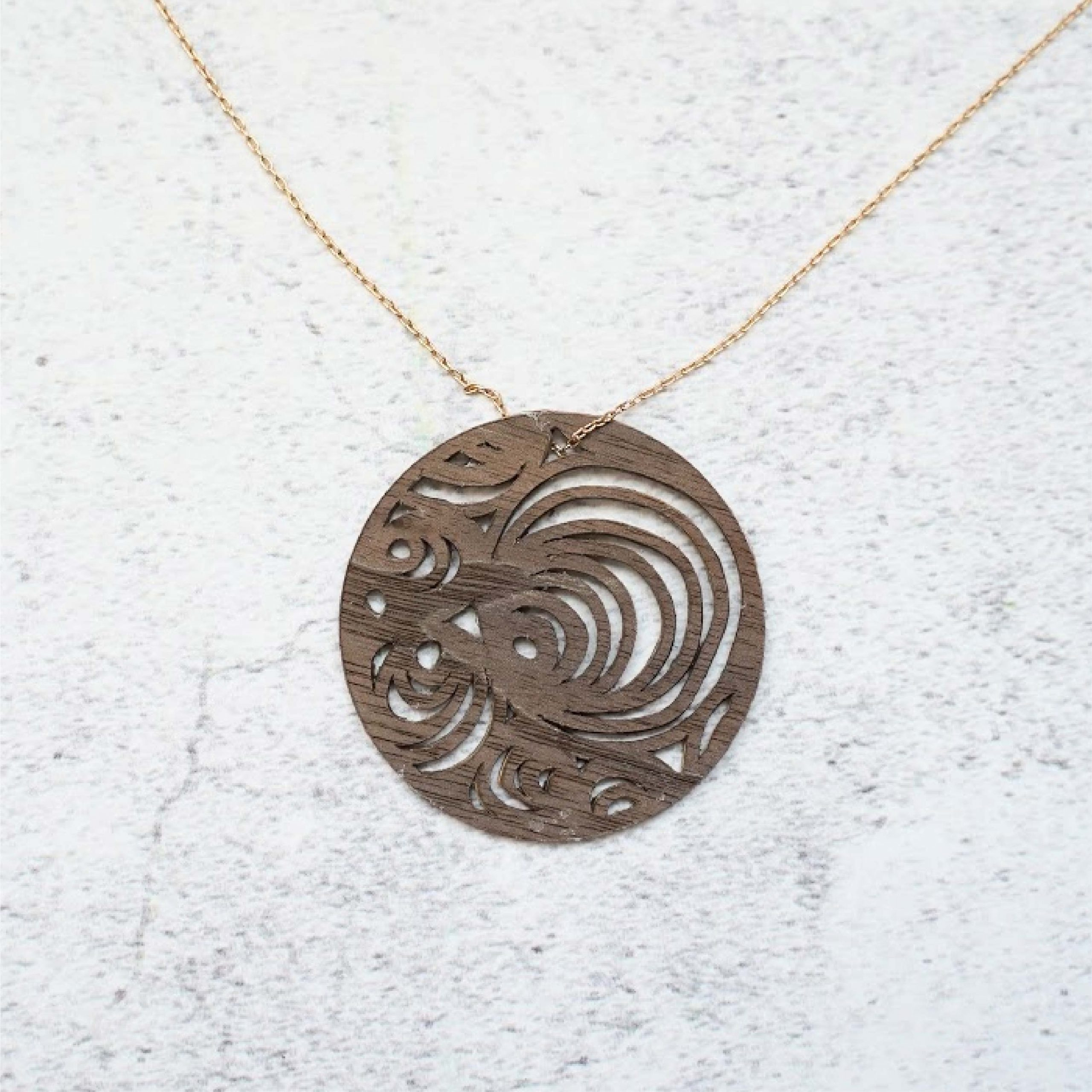 Geometric oval necklace